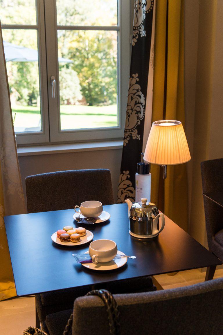 Tea time et macarons Domaine de Montjoie à Toulouse