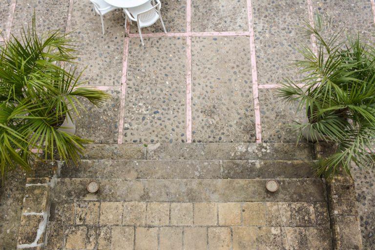 Terrasse extérieure de près de 200m²