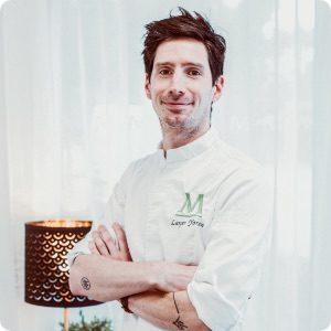 photo du chef cuisiner en portrait