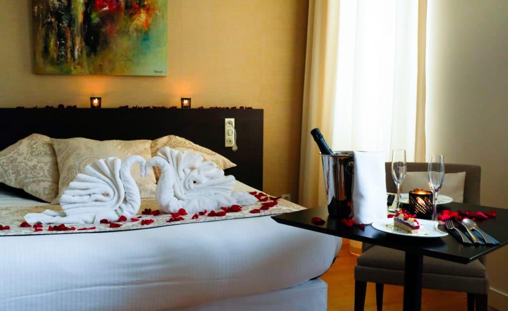Photo d'une chambre en configuration saint valentin